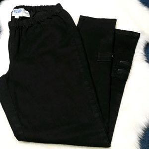 DG2 by Diane Gilman black jeans with ankle pockets